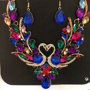 Glamorous necklace & earrings
